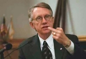 Dirty %22Middle Finger%22 Harry Reid